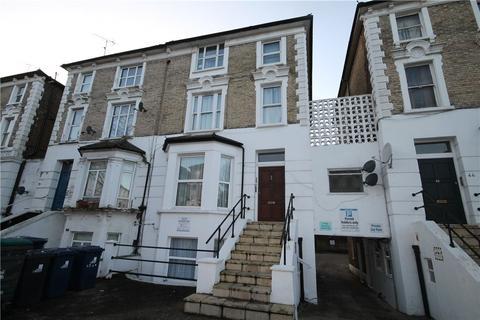 Studio to rent - Windsor Road, Ealing, W5