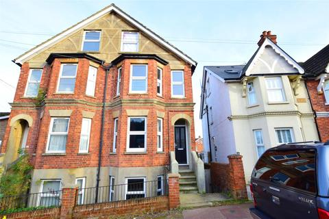 2 bedroom maisonette for sale - Silverdale Road, TUNBRIDGE WELLS, Kent, TN4 9JA