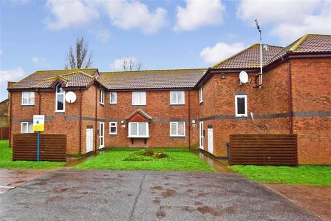 1 bedroom ground floor flat for sale - Walcheren Close, Deal, Kent