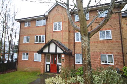 Studio for sale - Centre Drive, Epping, CM16