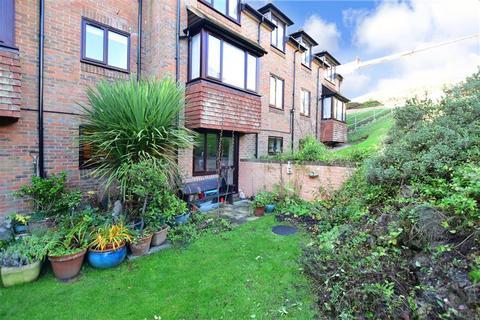 2 bedroom flat for sale - Bartholomew Street, Hythe, Kent