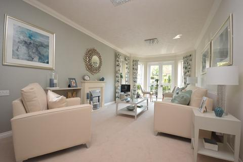 1 bedroom apartment for sale - Knights Lodge, North Close, Lymington, Hampshire, SO41