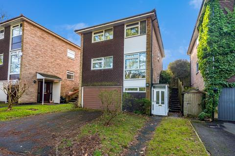 4 bedroom detached house to rent - Manor Road, Sutton Coldfield, West Midlands, B73