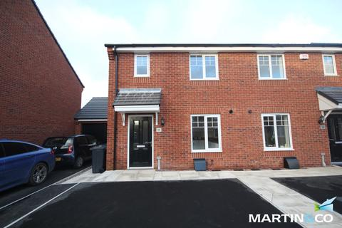 3 bedroom semi-detached house to rent - Iron Way, Stirchley, B30
