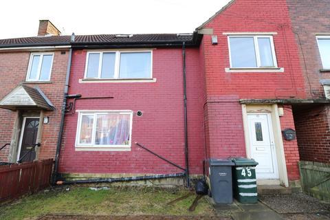 3 bedroom flat to rent - Reevy Crescent, Buttershaw