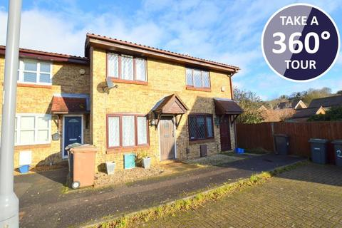 2 bedroom terraced house for sale - Pytchley Close, Bushmead, Luton, Bedfordshire, LU2 7YS
