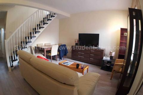 3 bedroom house share to rent - Seaford Road, Salford, M6 6DD