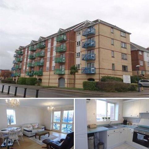 2 bedroom apartment for sale - Ambassador House, Marina, Swansea