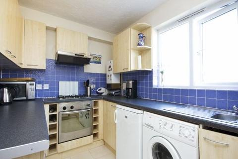 1 bedroom flat to rent - Ardross Court, Creffield Road, Acton, W3