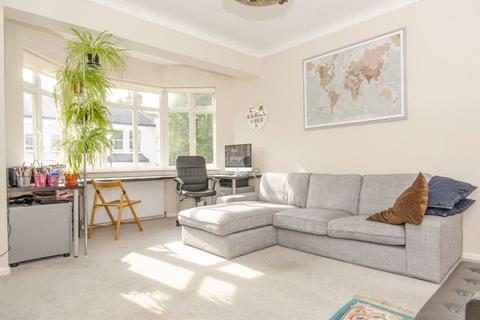 3 bedroom maisonette to rent - Coniston Road, N10