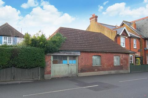 3 bedroom house for sale - Canterbury Road, Herne Bay