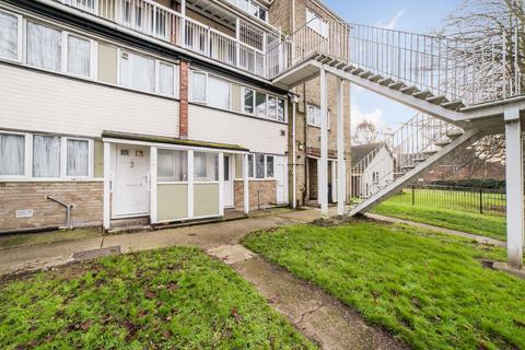 3 bedroom flat for sale - Military Road, Canterbury