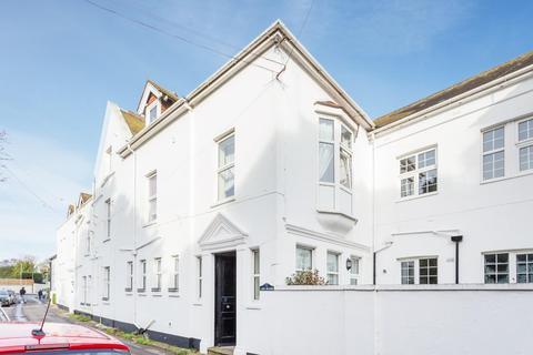 1 bedroom flat for sale - 11 Walmer Castle Road, Walmer, Deal