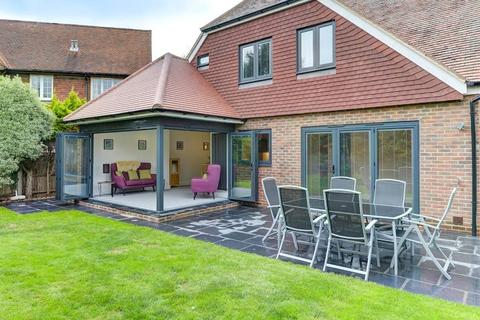 4 bedroom detached house for sale - Beehive Lane, Ferring, Worthing, West Sussex, BN12