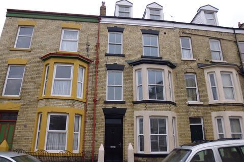 1 bedroom flat to rent - Queens Terrace, Scarborough, YO12