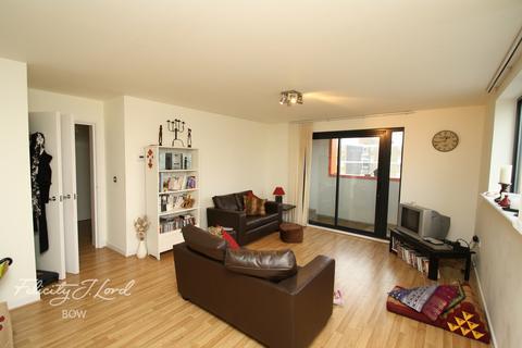 2 bedroom flat for sale - Devons Road, London