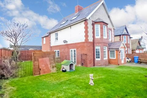 5 bedroom detached house to rent - Collywell Bay Road, Seaton Sluice, Whitley Bay, Northumberland, NE26 4RF