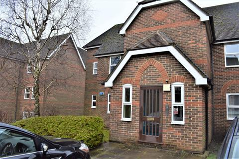 3 bedroom flat to rent - Glamis Court High Wycombe