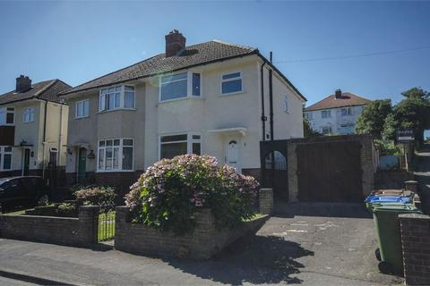 3 bedroom semi-detached house for sale - Lawrence Grove, Woolston, SOUTHAMPTON, Hampshire