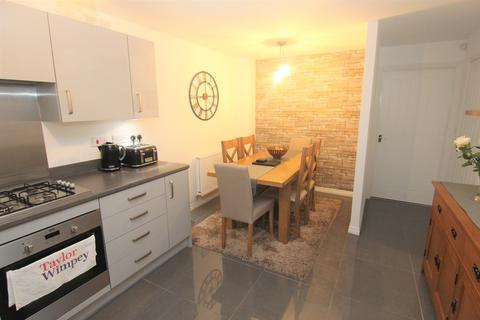 3 bedroom townhouse for sale - Guide Court, Audenshaw
