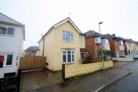4 bedroom detached house to rent - Queens Road, Lower Parkstone