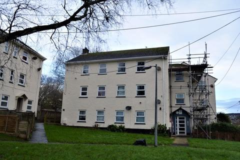 3 bedroom flat for sale - Trevithick Road, St. Austell