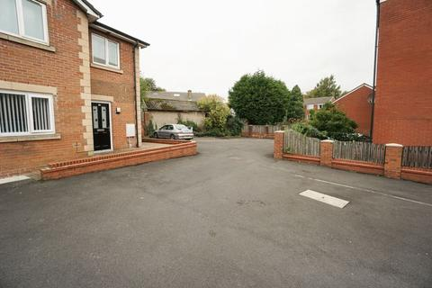 2 bedroom apartment to rent - Minton Court, Deane