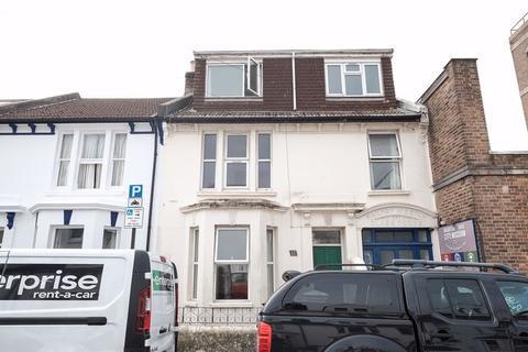 7 bedroom terraced house to rent - Stanley Road, Brighton