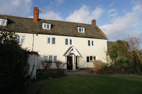 4 bedroom farm house to rent - TROWBRIDGE