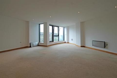 2 bedroom apartment to rent - VM2, Salts Mill Road, Shipley