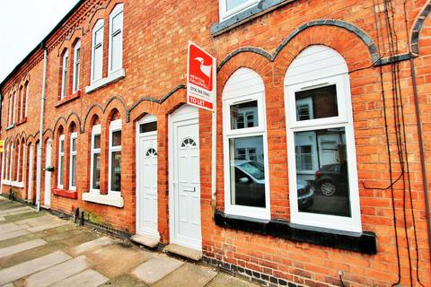 2 bedroom terraced house to rent - Edward Road, Clarendon Park, Leicester LE2