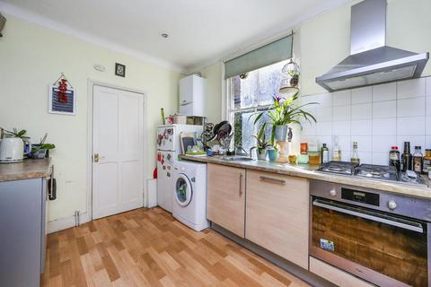 1 bedroom flat to rent - Khartoum Road, London SW17