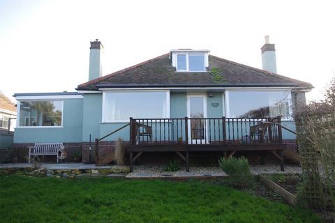 2 bedroom bungalow for sale - 22 Lansdowne Road, Bothenhampton, Bridport, DT6