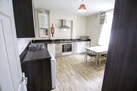6 bedroom apartment - Wellington Road, Manchester, Greater Manchester, M14