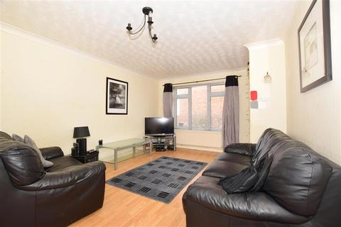 3 bedroom end of terrace house for sale - The Copse, Ashford, Kent