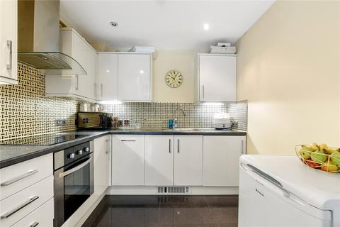 2 bedroom end of terrace house for sale - Michael Close, Bow, E3