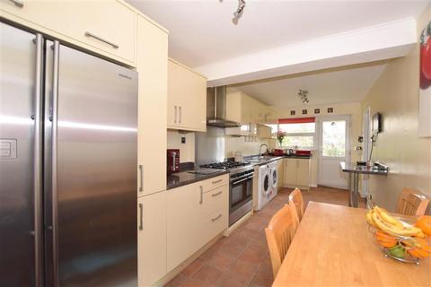 3 bedroom semi-detached house for sale - Vicarage Lane, Horley, Surrey