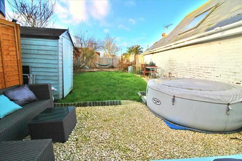2 bedroom terraced house for sale - Kinson Road, Wallisdown, Bournemouth