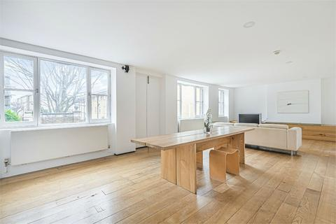 3 bedroom detached house to rent - Swan Mead, London, SE1