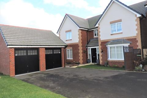 4 bedroom detached house for sale - Brewers Place, Stone