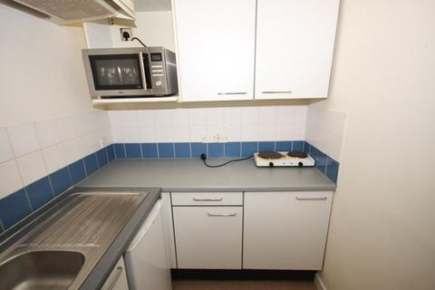1 bedroom flat to rent - Pittville Lawn, Cheltenham