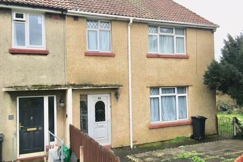 3 bedroom end of terrace house to rent - Alexandra Close, Bristol
