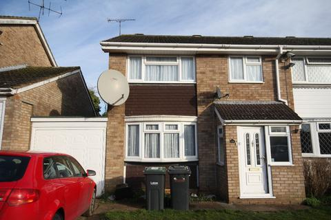 3 bedroom semi-detached house for sale - Leyhill Drive, Luton