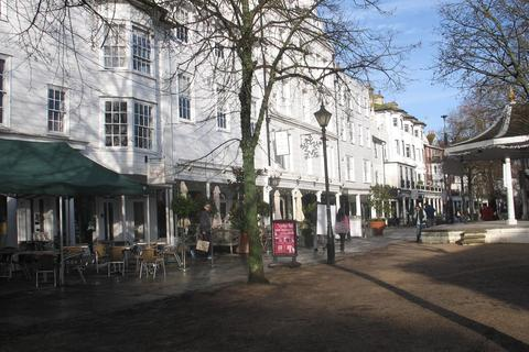 2 bedroom apartment to rent - 7 The Pantiles, Tunbridge Wells, TN2