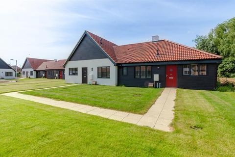 3 bedroom bungalow to rent - Spixworth, NR12