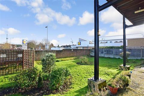 2 bedroom flat for sale - Spring Vale South, Dartford, Kent