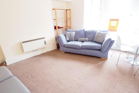 2 bedroom flat to rent - George Street, First Floor Left, AB25