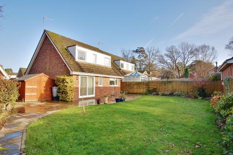 3 bedroom detached house for sale - West Wellow, Romsey