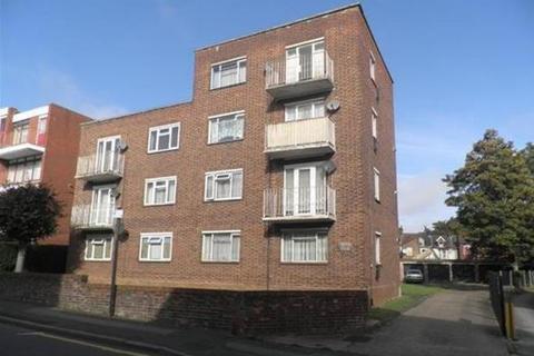 2 bedroom flat to rent - Brook Court LU3