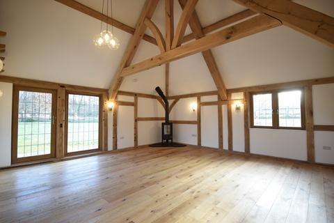 4 bedroom barn conversion to rent - Goudhurst, Kent